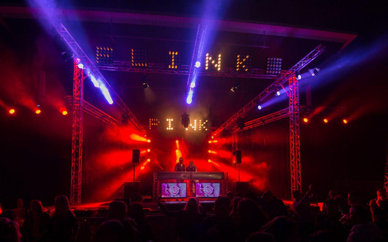 SoundLink: verhuur van Licht, Geluid, Video & Rigging | Flinke Pink festival Leek
