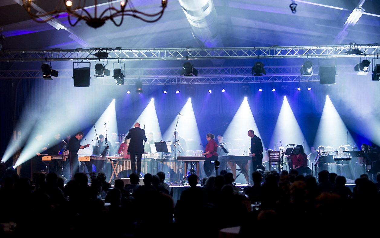 SoundLink: verhuur van Licht, Geluid, Video & Rigging | Harmonie Delfzijl