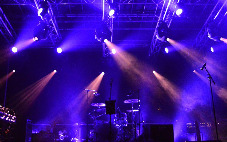 SoundLink: verhuur van Licht, Geluid, Video & Rigging | Koningsnacht Stadskanaal